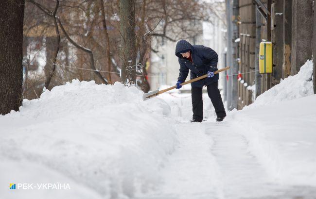 Ничего страшного, утрамбуется: соцсети о снеге в Киеве и ситуации на дорогах