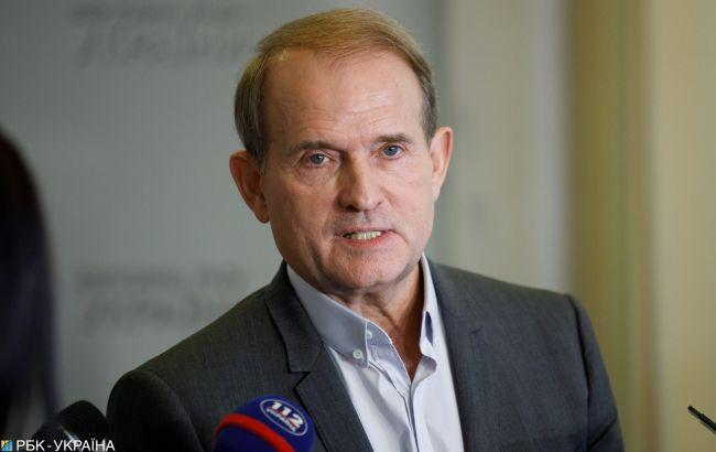 Медведчук не просил убежища у РФ, Москва вряд ли сможет помочь, - Кремль
