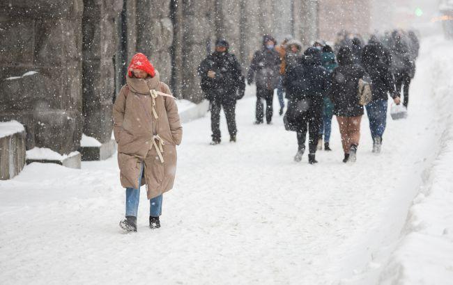 В Киеве сегодня будет короткий рабочий день из-за снега и проблем с транспортом