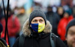 В Украине еще почти 5 600 случаев COVID. Более 2 000 человек госпитализировали