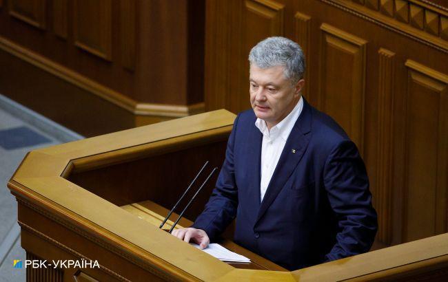 Українці вважають найефективнішим у зовнішній політиці Порошенка, - опитування