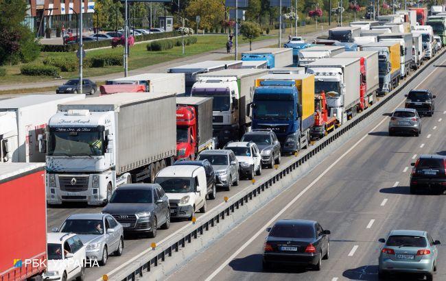 Дороги планируют сделать платными для грузовиков и собирать 9 млрд гривен в год