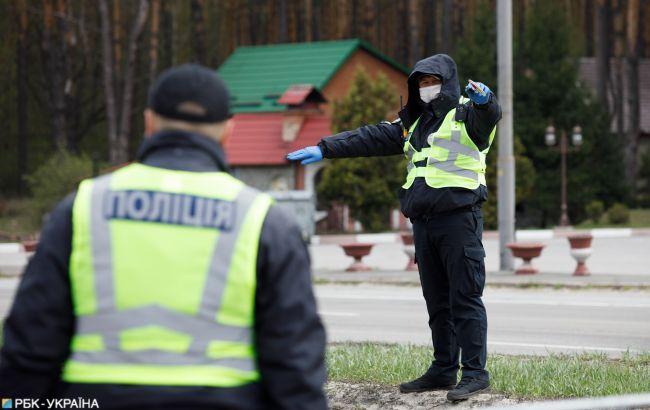 Полиция продолжает контролировать соблюдение ограничений красной зоны в Черновцах