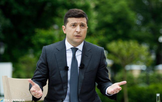Неприятно стоять с протянутой рукой: Зеленский о ситуации с вакцинами в Украине
