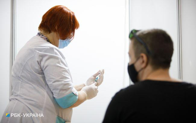 За добу в Україні зробили понад 162 тисячі щеплень від коронавіруса