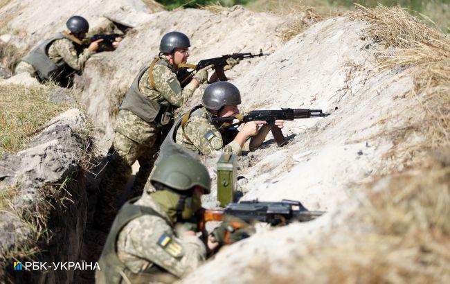 Боевики на Донбассе обстреливали позиции ООС и запускали беспилотники