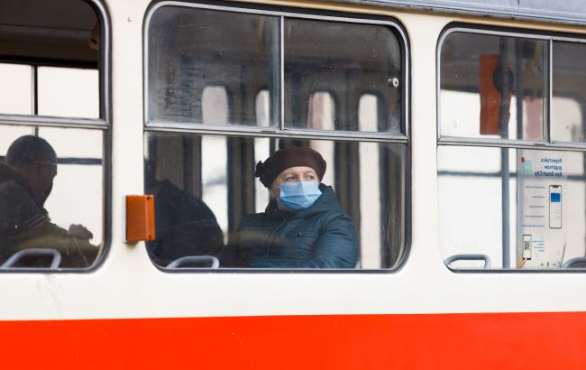 Як невакцинованим українцям поїхати до іншого міста: є єдиний варіант