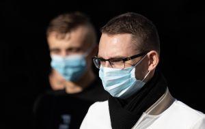 В Украине выявили более 5 тысяч новых случаев COVID