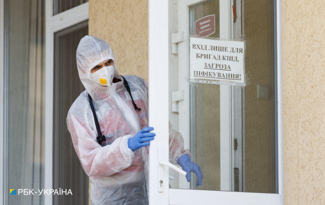 COVID в Україні: рівень госпіталізацій перевищено в 11 областях