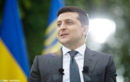 Зеленский рассказал о переговорах с Макроном и Меркель: основные заявления