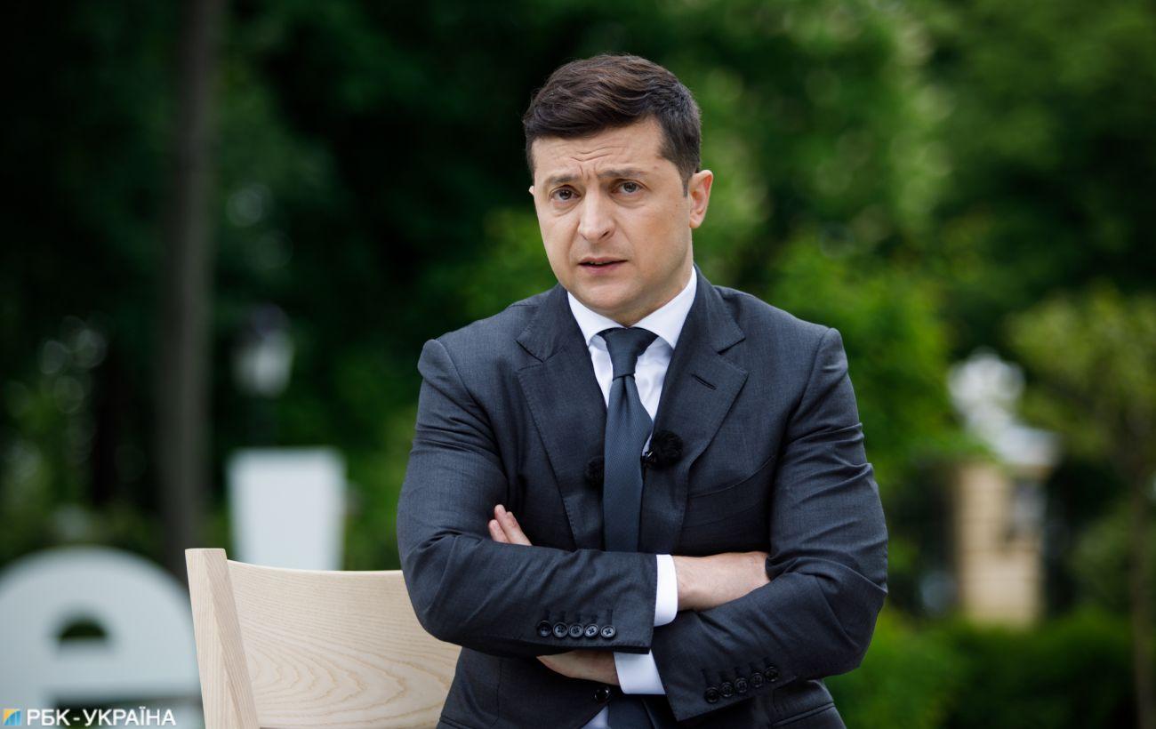 Зеленський прибув у Луганську область та розповів про компенсації через пожежі