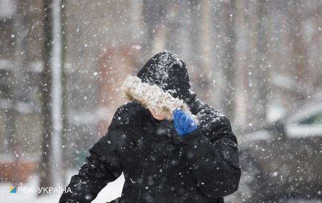 Снежные ливни и штормовой ветер: в Украине разгуляется жуткая погода
