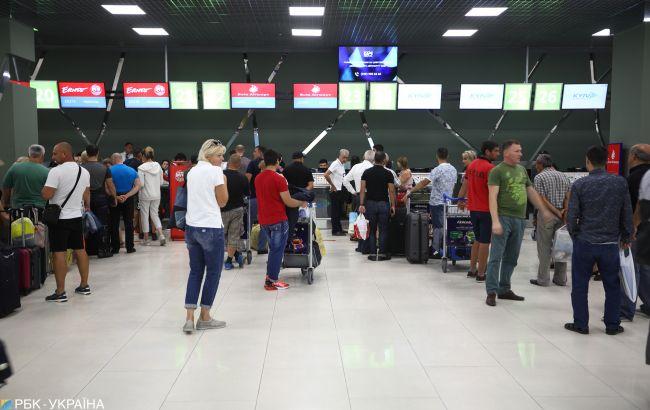 Украинцы отдают предпочтение иностранным авиакомпаниям