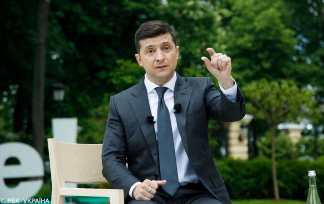 Действия Зеленского впервые не одобряют больше, чем поддерживают