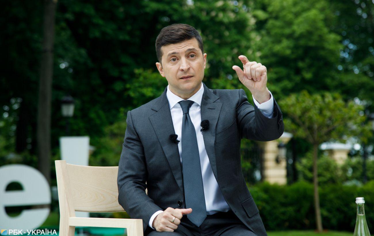 Зеленский внес в Раду проект об ответственности за ложь в е-декларациях