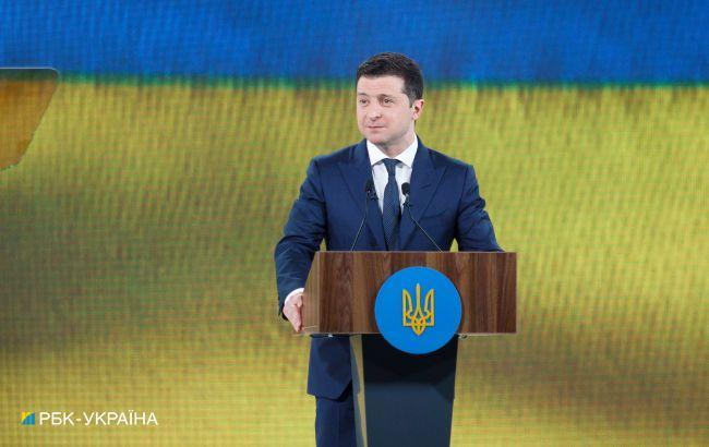 Президентский рейтинг Зеленского поднялся выше 25%