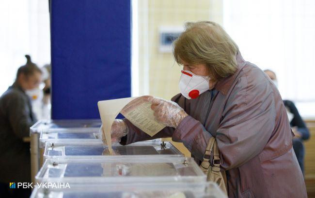 На виборах мера Кривого Рогу фіксують перші порушення