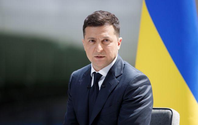Крым, Донбасс и паспортизация: главные заявления из интервью Зеленского