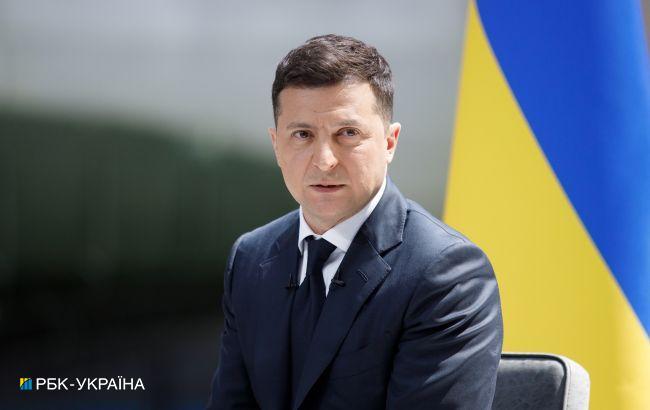 Самолет с Зеленским не смог приземлится в Молдове и вернулся в Одессу