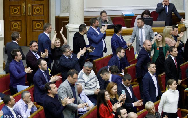 Парламент разрешил строить пандусы без документов о праве собственности