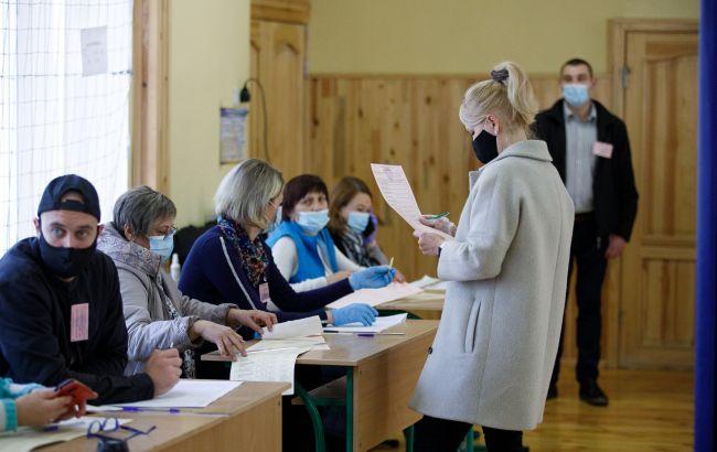 У Кропивницькому в трьох членів виборчої комісії виявили коронавірус