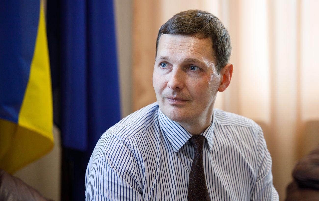 """Франція запросила Україну допомогти у розшифровці """"чорних скриньок"""" літака МАУ"""