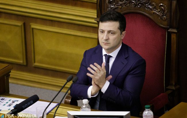 Зеленский призывает Кабмин разработать закон о единоразовом декларировании