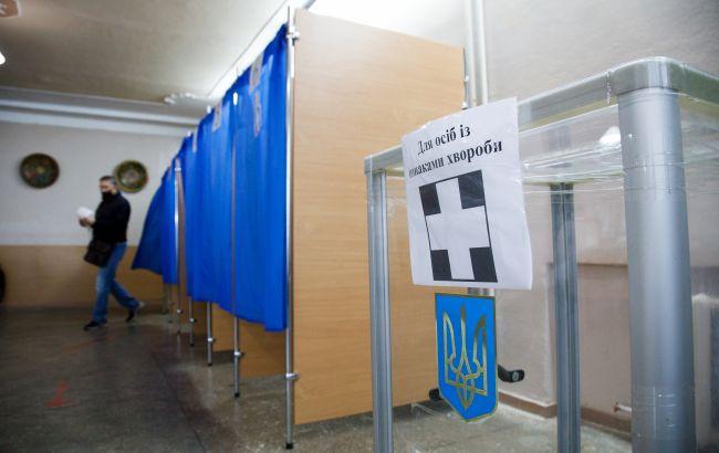 На выборах в Славянске побеждает действующий мэр, - экзит-пол