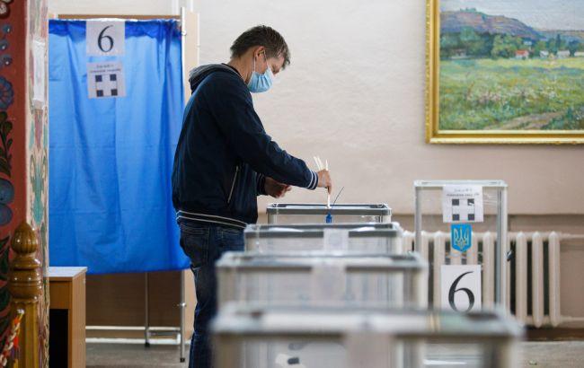 """Эксперты назвали результат """"Слуги народа"""" на местных выборах не хуже парламентских"""