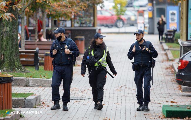 Полиция переходит на усиленный режим: на улицы выйдут кинологи и взрывотехники