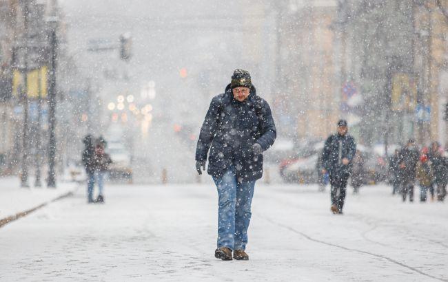 У Київ йде похолодання. На вечір передають сніг та мороз