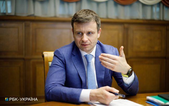 Министр финансов озвучил ожидания по курсу гривны к доллару на следующий год