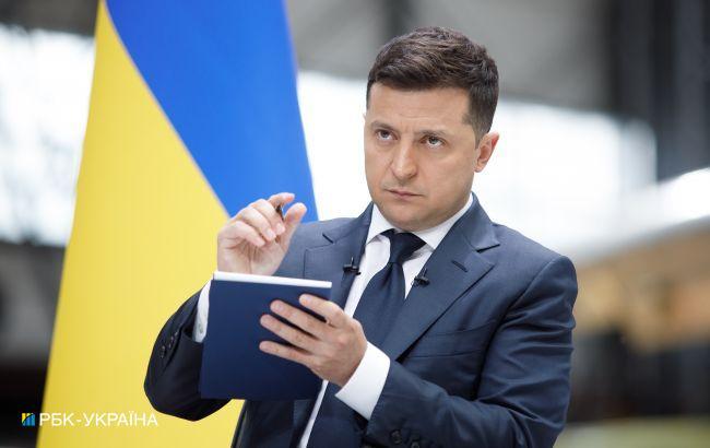 Зеленский поручил безотлагательно реставрировать сгоревший костел в Киеве