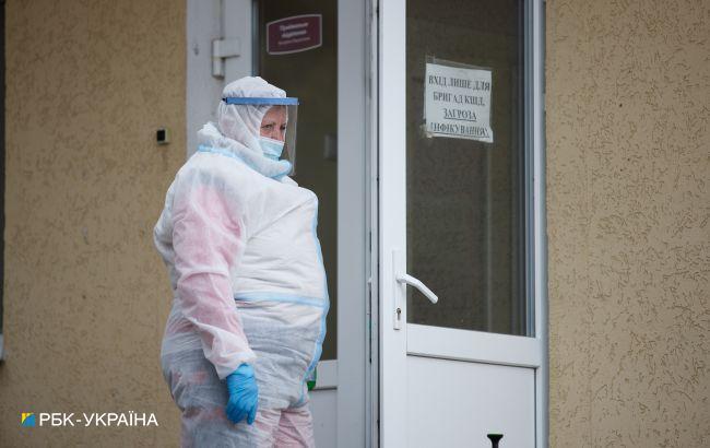 В Украине за сутки 342 летальных случая от COVID. Это максимум с начала пандемии