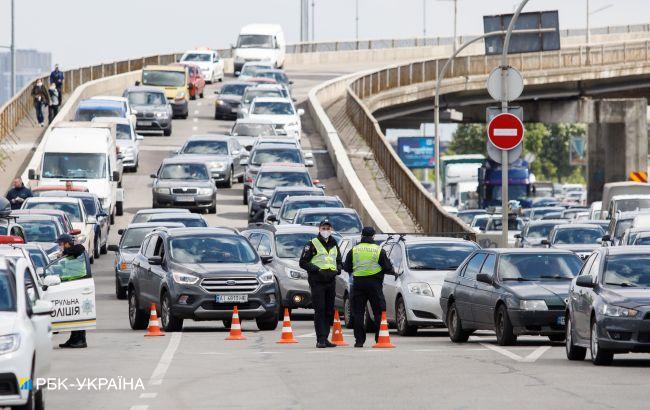 На мосту Метро в Киеве ограничат движение транспорта на четыре дня