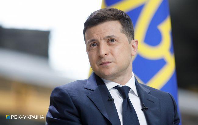 Зеленский пригласил Санду на саммит Крымской платформы и День Независимости