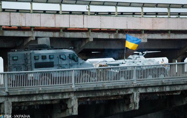 Прокуратура просит арестовать минера моста в Киеве