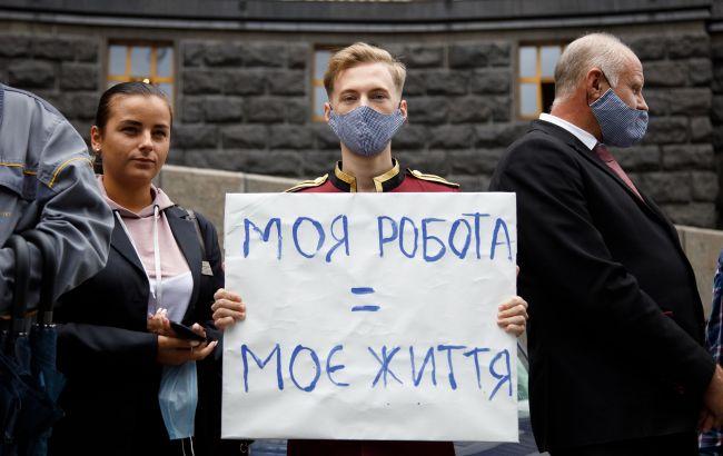 Україні терміново потрібен локдаун, незважаючи на загрозу економічних збитків – лікар
