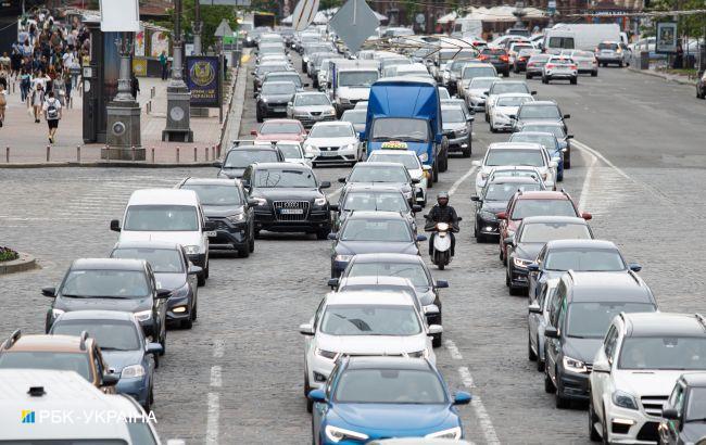 Цены на бензин и автогаз растут: сколько стоит топливо на АЗС