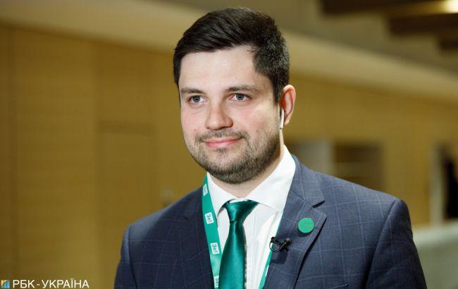 """В """"Слуге народа"""" в понедельник обсудят законопроект по КСУ"""