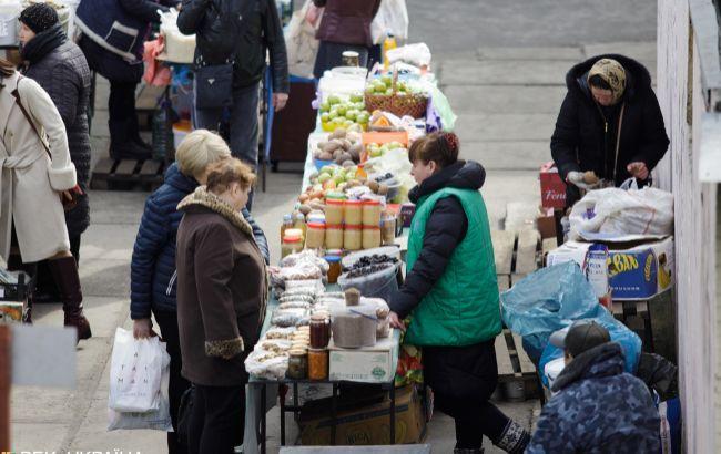 У Києві відкрили три ринки