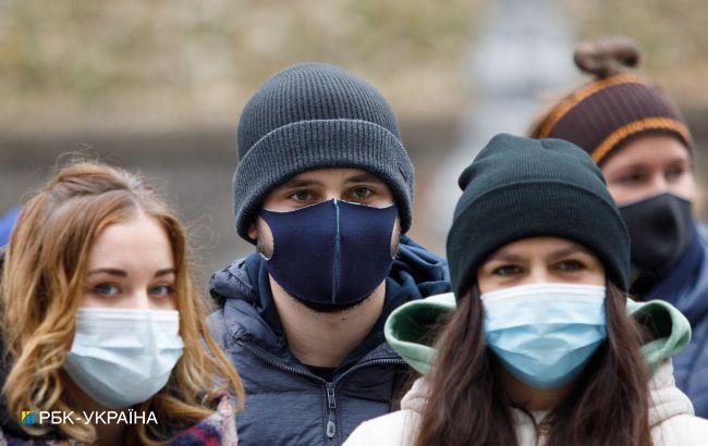 В Україні захворюваність COVID знижується, але все ще вище норми в 9,5 разів