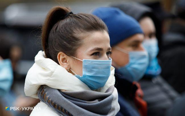 В Україні п'ятий тиждень скорочується захворюваність COVID