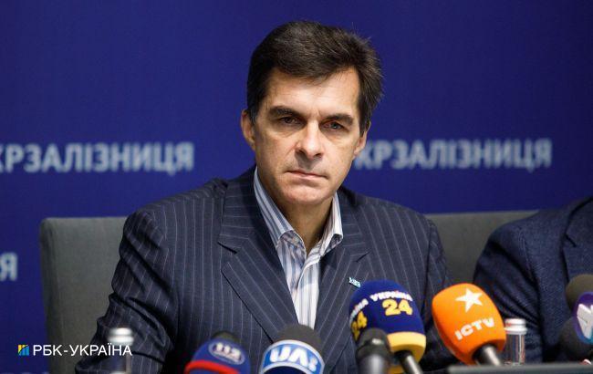 """Кабмін звільнив главу """"Укрзалізниці"""", попри запущений процес реформування компанії"""
