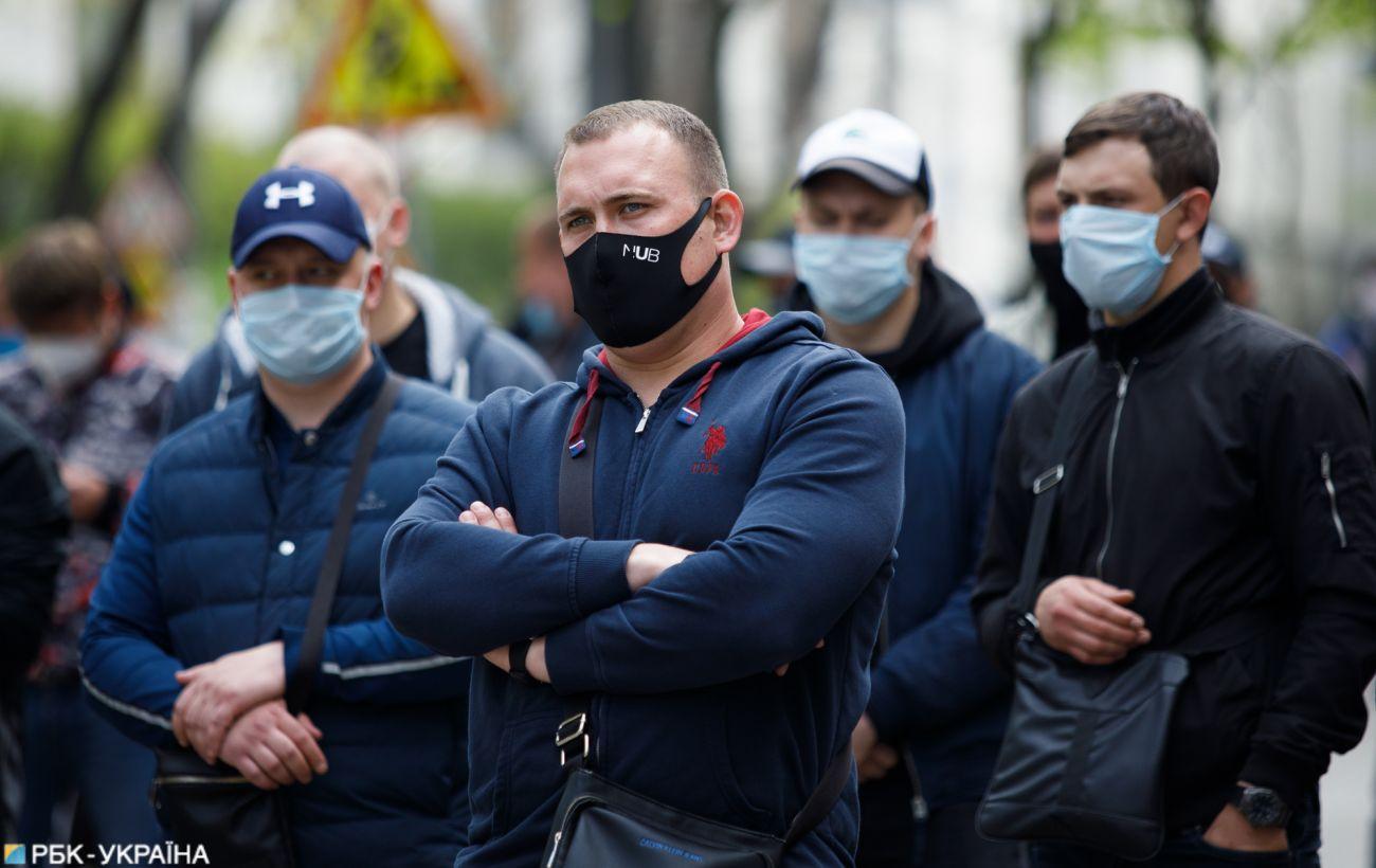 Другий день стабілізації: в Україні 564 нових випадки коронавірусу