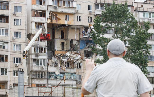 Взрыв дома в Киеве: пострадавшие не могут попасть в новые квартиры от Зеленского