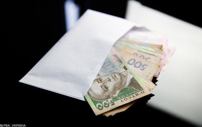Борги по зарплатах на працюючих підприємствах зросли на початку року