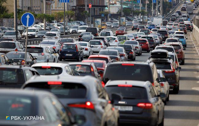 В Києві на вихідних обмежать рух транспорту: список вулиць