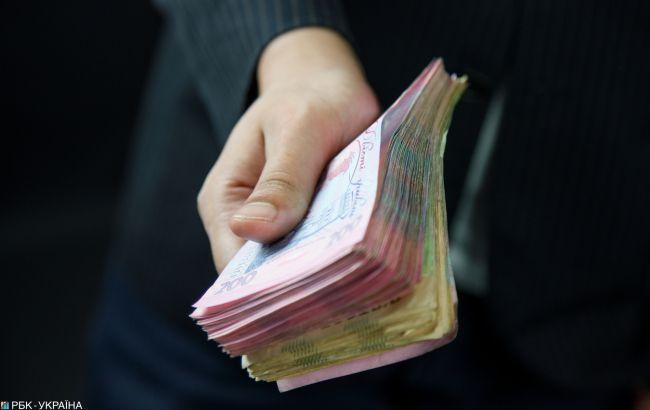 Меньше банкнот в украинских кошельках
