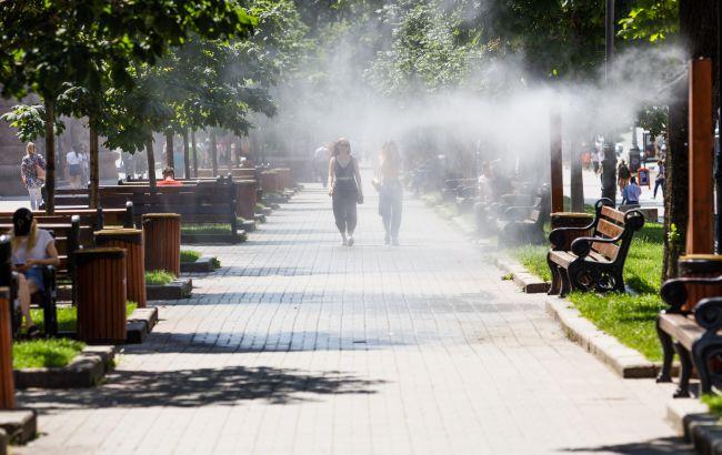 В Украине сохранится жаркая погода, дожди отойдут в центр